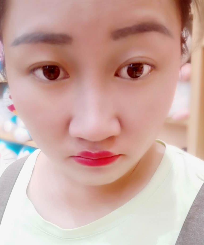 人生若能初见zhu,女,年龄:28岁,收入:5万以下,婚况:未婚,职业:自由职业